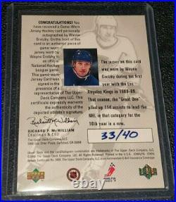 1998-99 UD hockey card SPX Wayne Gretzky game used Jersey patch Auto 33/40