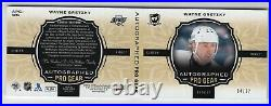 2018-19 The Cup Pro Gear Auto Patch Jersey /12 Booklet Wayne Gretzky Kings Hof