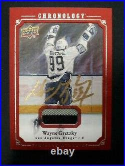 2018-19 Wayne Gretzky Chronology Red Jersey Auto Timeless Memories CMA-GK 2/5