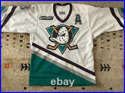 Authentic Center Ice CCM Teemu Selanne Anaheim Mighty Ducks Hockey Jersey 44