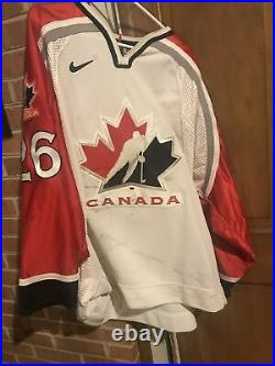 Vintage Team Canada 2000 World Game Worn Used Jersey LOTS OF WEAR ice hockey