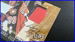 Wayne Gretzky 2000-01 Upper Deck Game Jersey Patch Auto Emblem Logo Signature