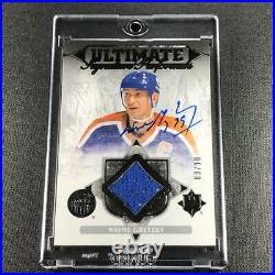 Wayne Gretzky 2016 Upper Deck Ultimate Signature Performance Jersey Auto /10 NHL